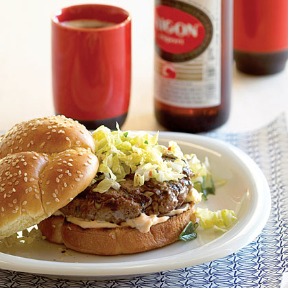 kimchi-burgers-su-x.jpg