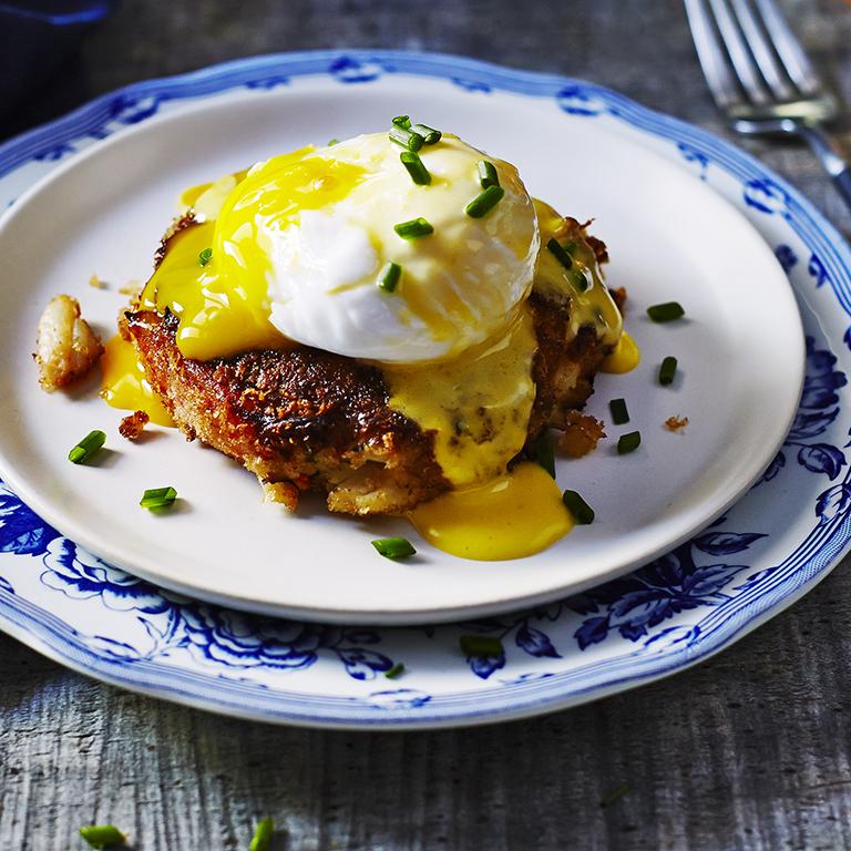 Crabcake Eggs Benedict