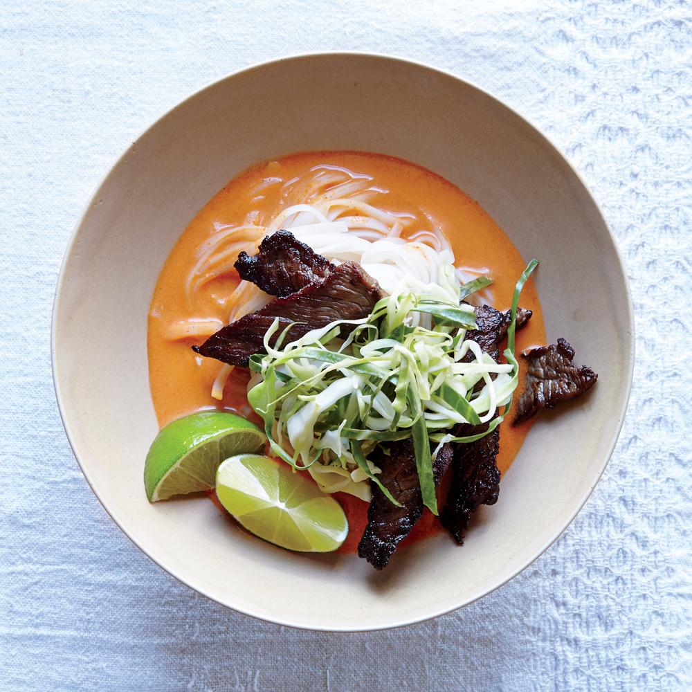 Easy Thai Steak Noodle Bowl
