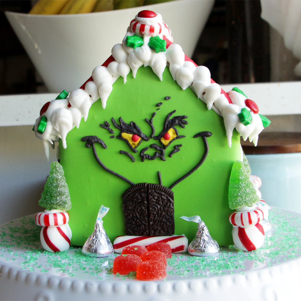 grinch-gingerbread-house-mr.jpg