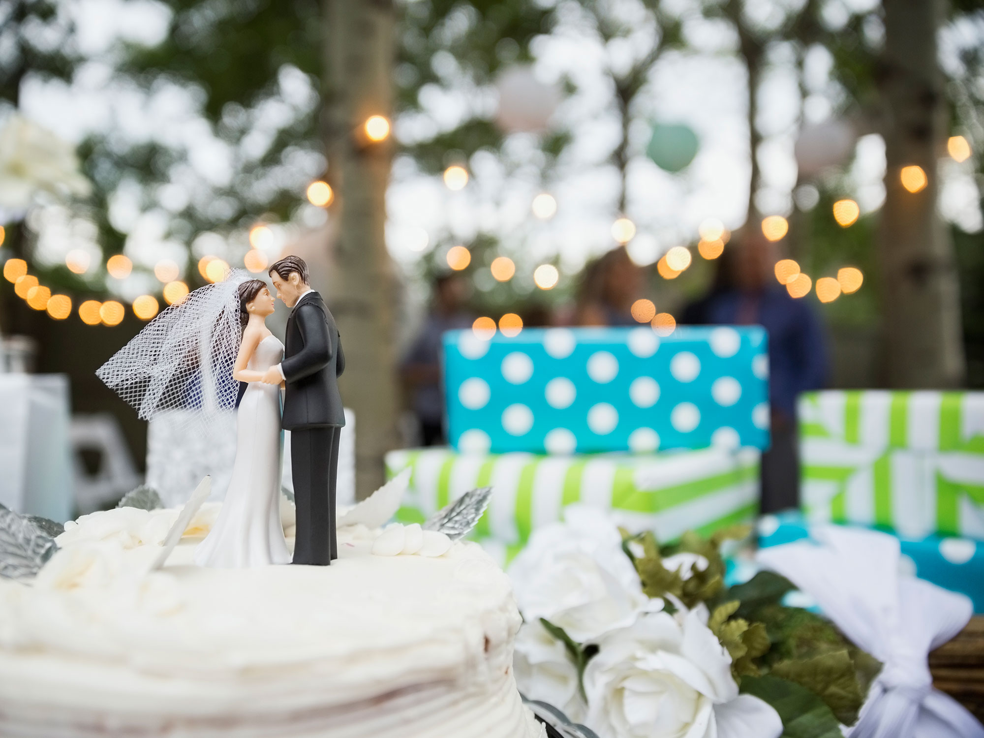 wedding-gifts-for-every-couple.jpg