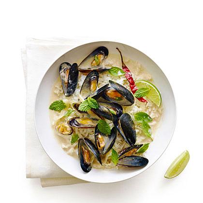 thai-style-mussels-herbs-su-x.jpg