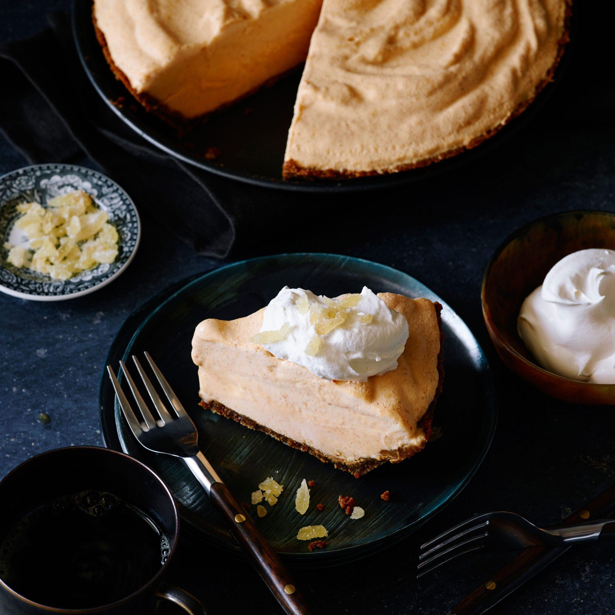 Pumpkin Ice Cream Gingersnap Pie