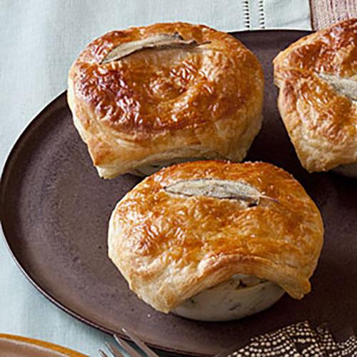 mini-chicken-pot-pies-hl-1949721-x.jpg