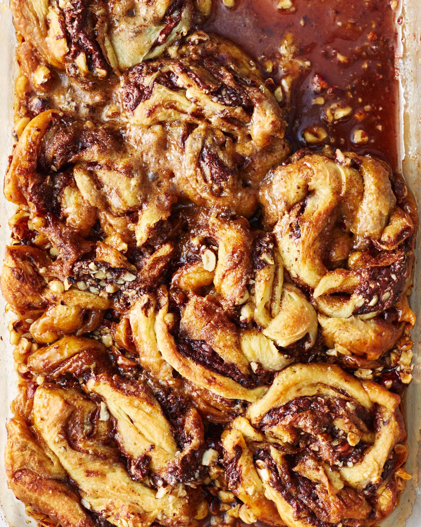 Sticky Cinnamon Roll Babka Buns image