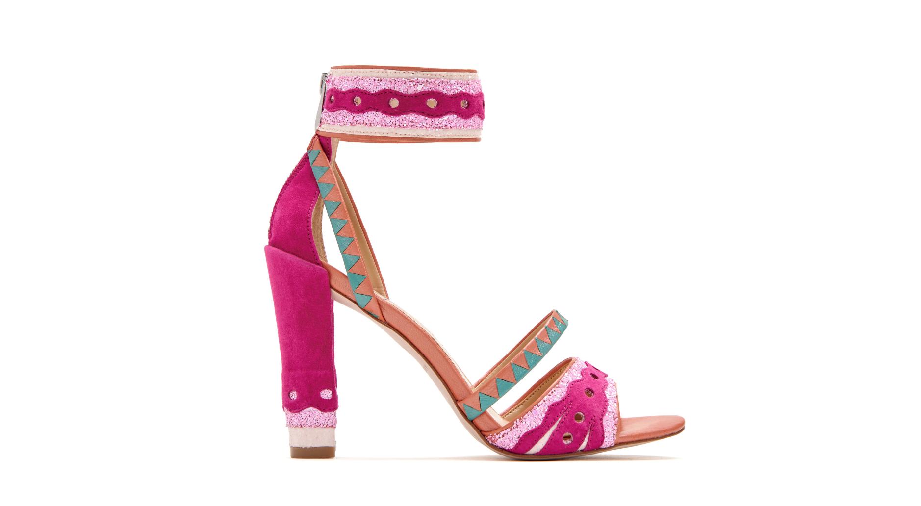 katy-perry-shoe-image