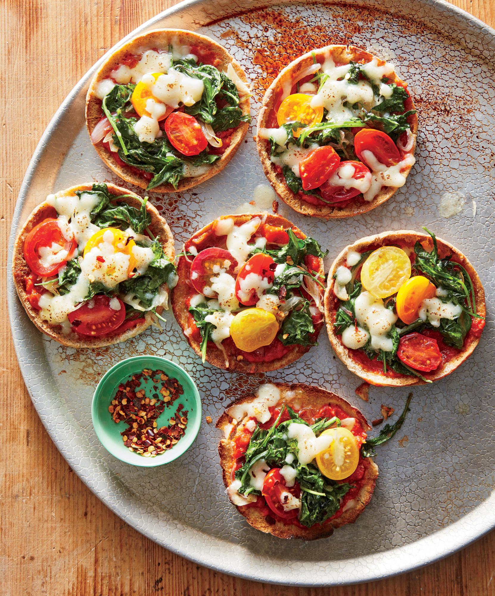 Mini Mozzarella-and-Kale Pita Pizzas
