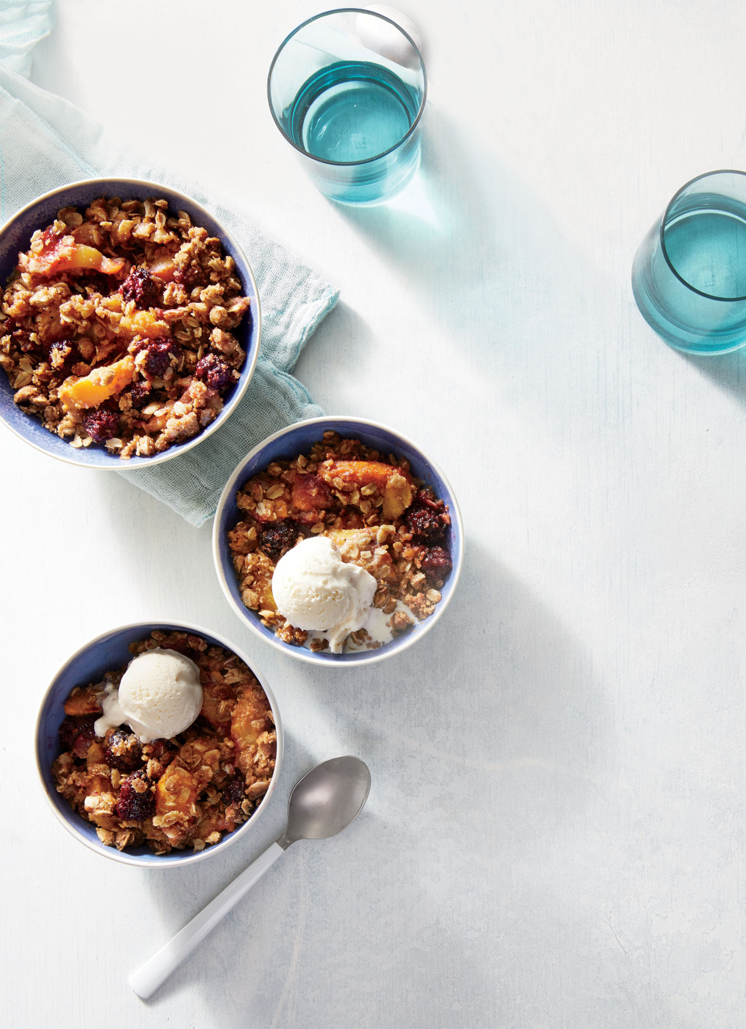 ck- Blackberry-Peach Slow Cooker Crumble