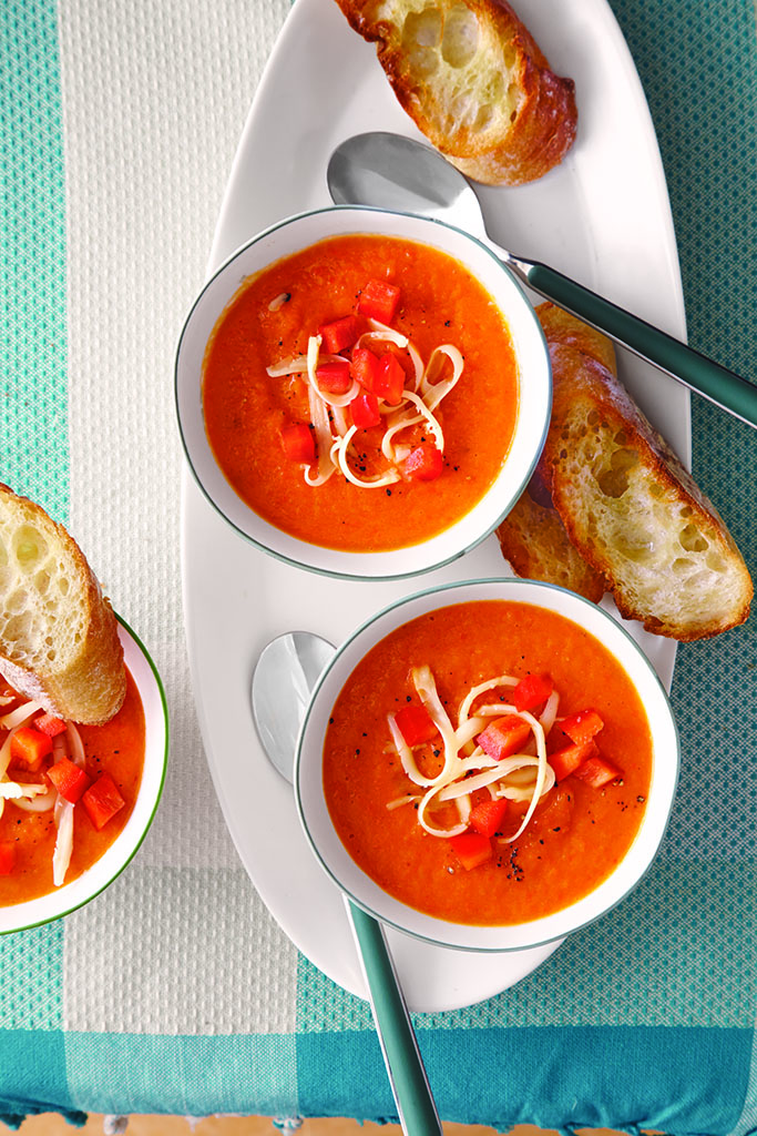 Red Pepper Soup with Gouda