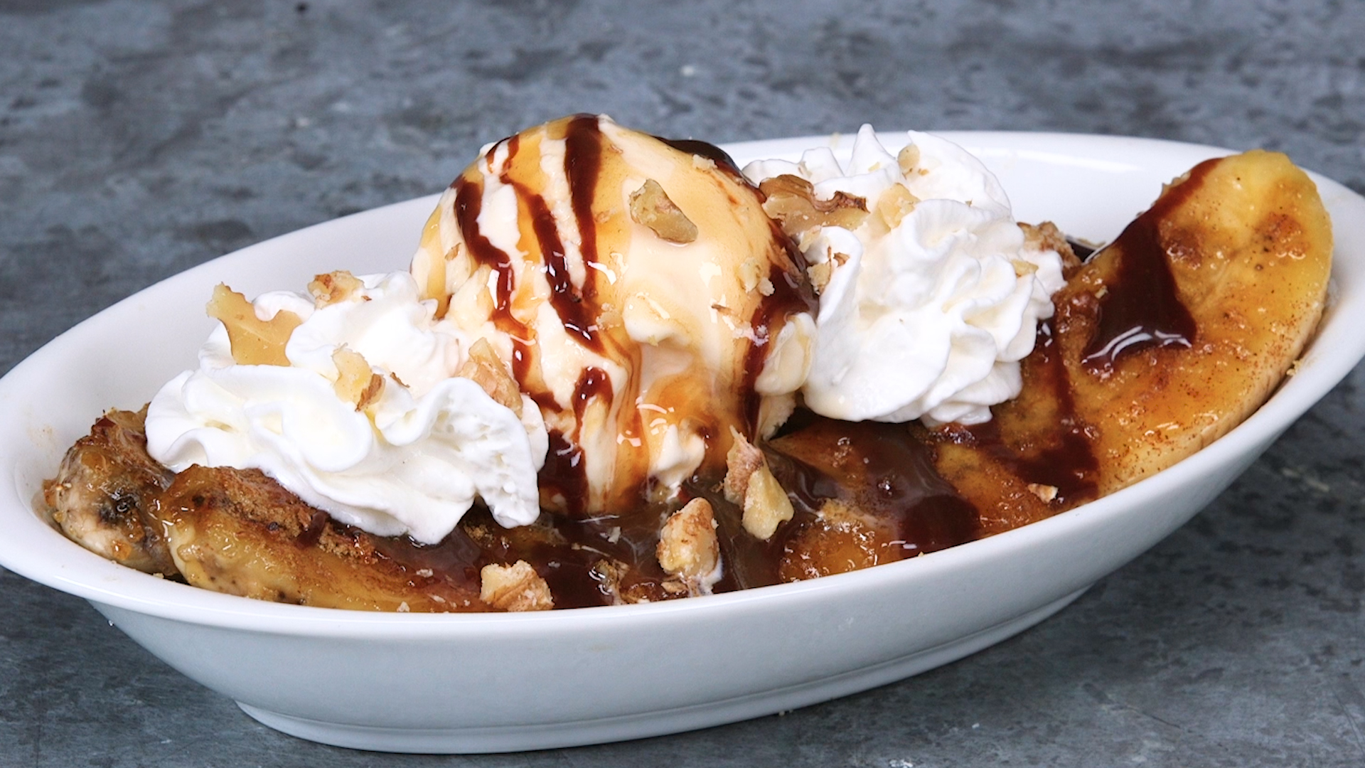 Caramelized Banana Split image