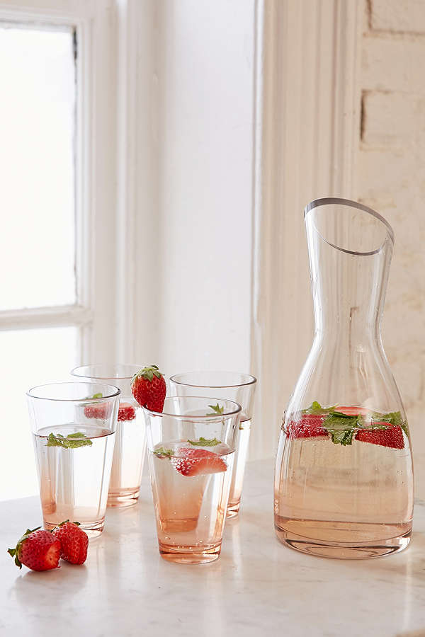 urban-outfitters-carafe-set