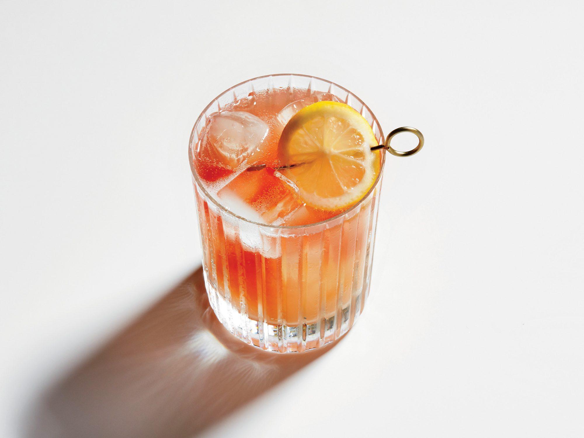 Rejuvenating Rosé Spritzer