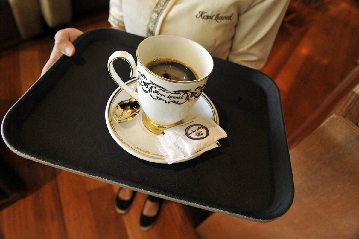 EC:  assets%2Fmessage-editor%2F1463145225333-cup-coffee-tray-inline-getty