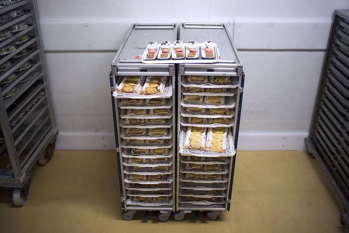 EC:  assets%2Fmessage-editor%2F1463408787746-airline-breakfast-bleak-getty