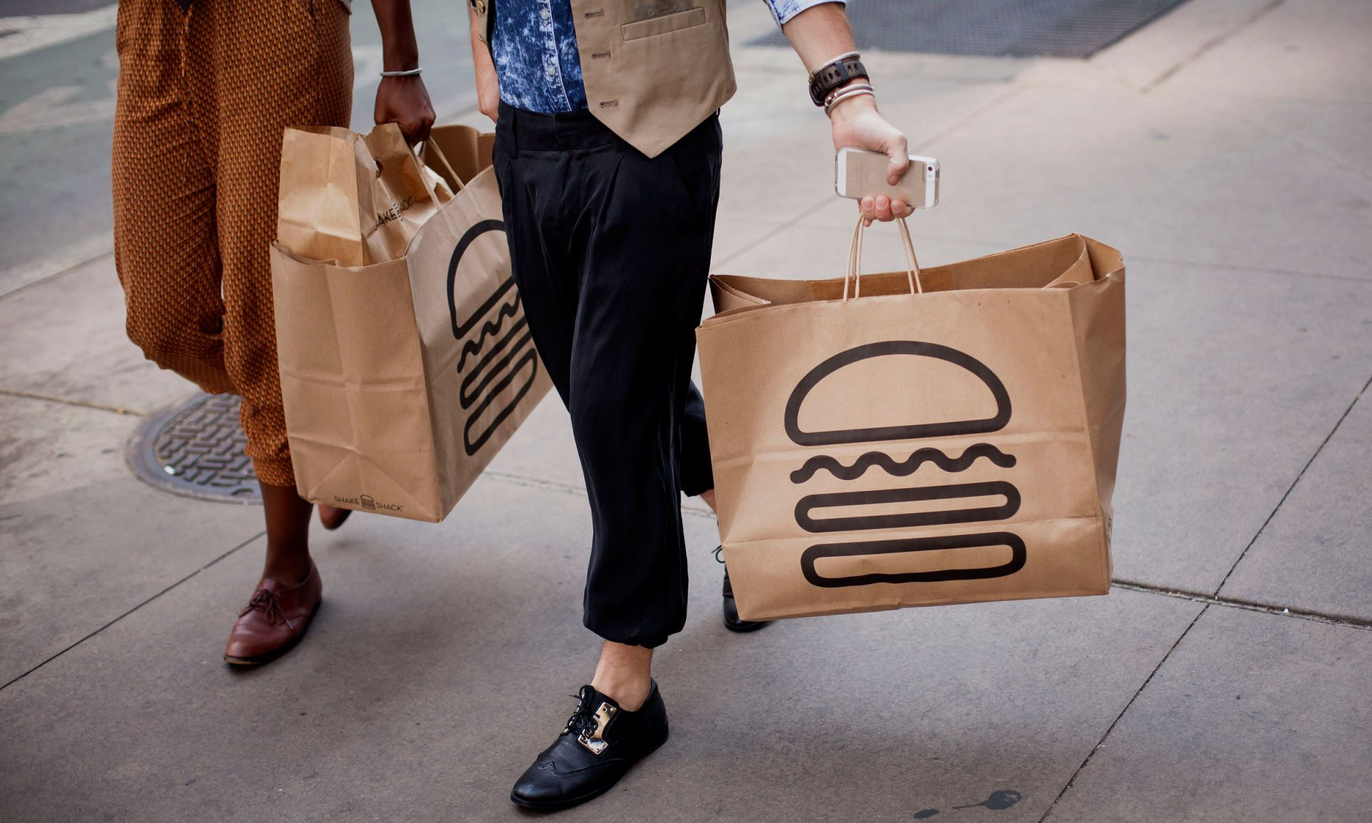 EC:  assets%2Fmessage-editor%2F1469543376510-shakeshack_bags