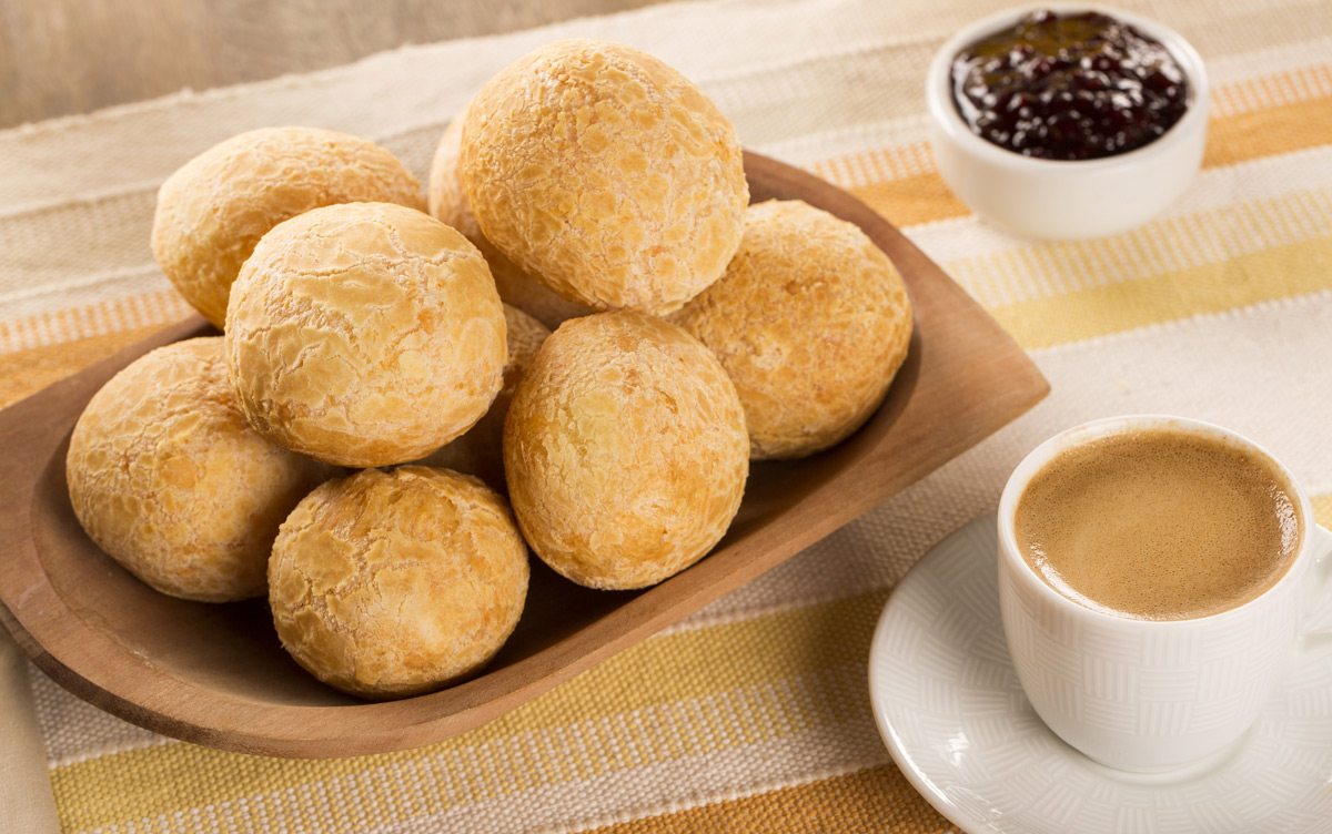 EC:  assets%2Fmessage-editor%2F1470268295679-brazilian-cheese-bread-inline
