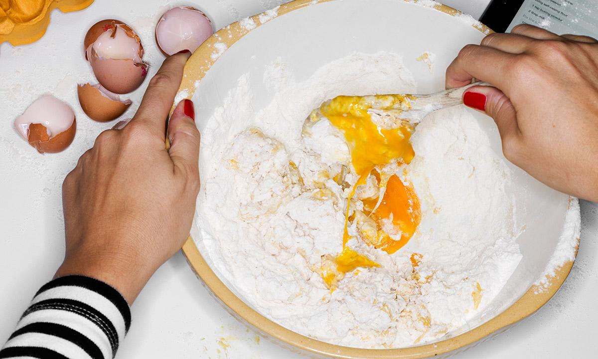 EC:  assets%2Fmessage-editor%2F1473878652929-trick-egg-pancake-batter