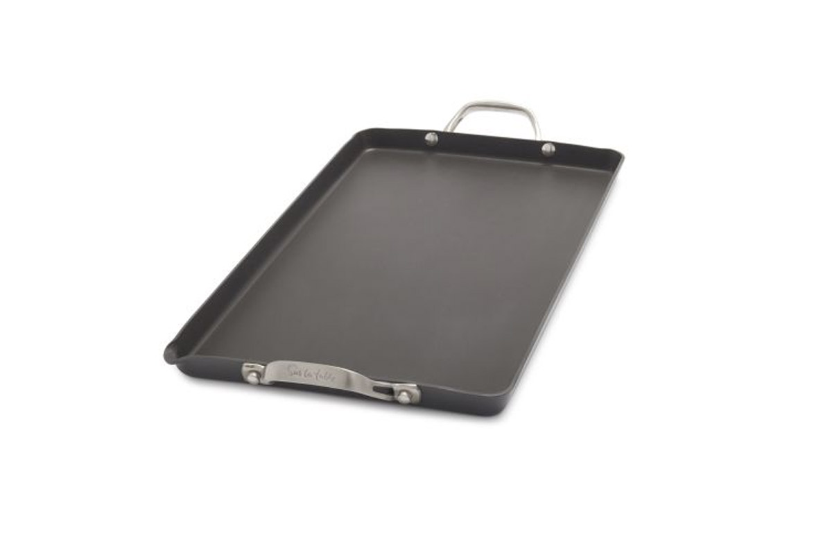 EC:  assets%2Fmessage-editor%2F1473939912661-stovetop-griddle-sur-la-table-inline