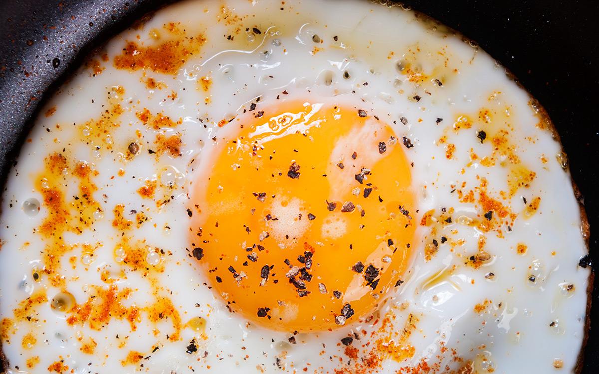 EC:  assets%2Fmessage-editor%2F1477403562979-egg-yolk-pepper-inline