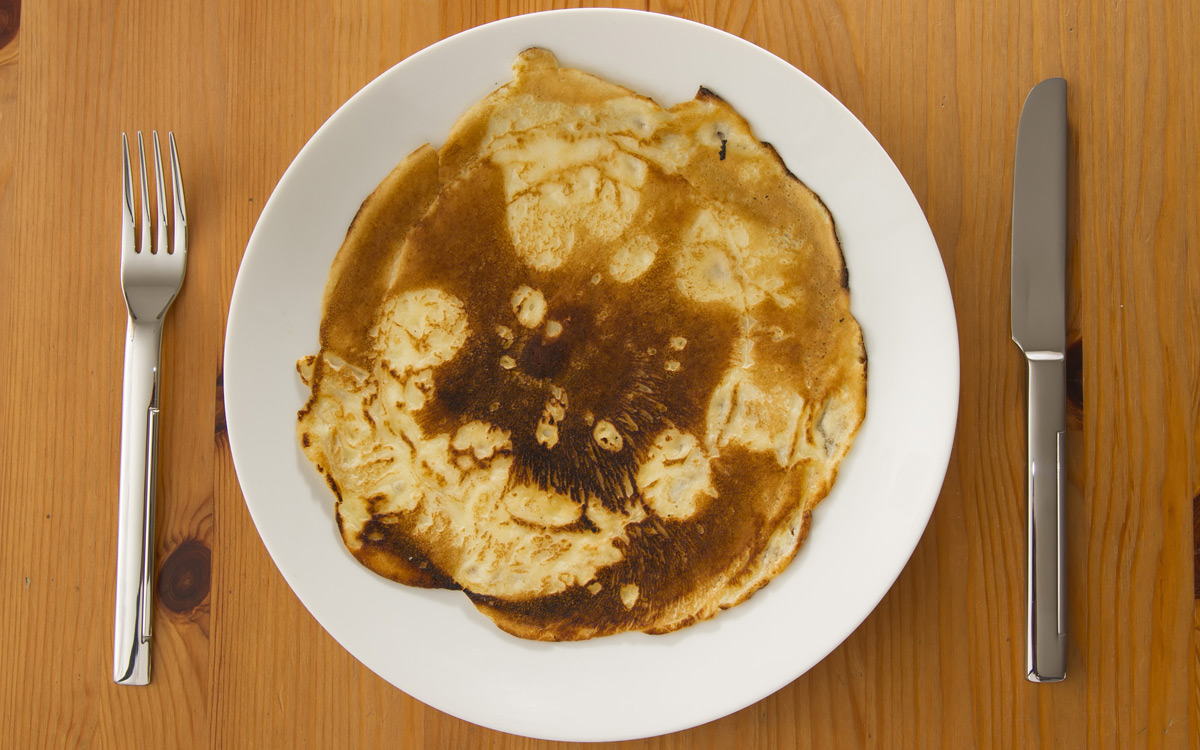 EC:  assets%2Fmessage-editor%2F1478702292797-burned-pancakes-plate-inline