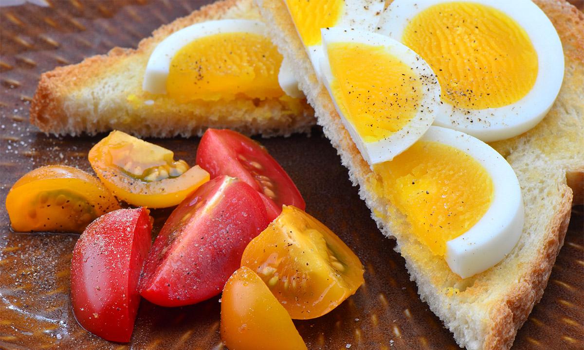 EC:  assets%2Fmessage-editor%2F1479393086060-hard-boiled-egg-tomato-toast