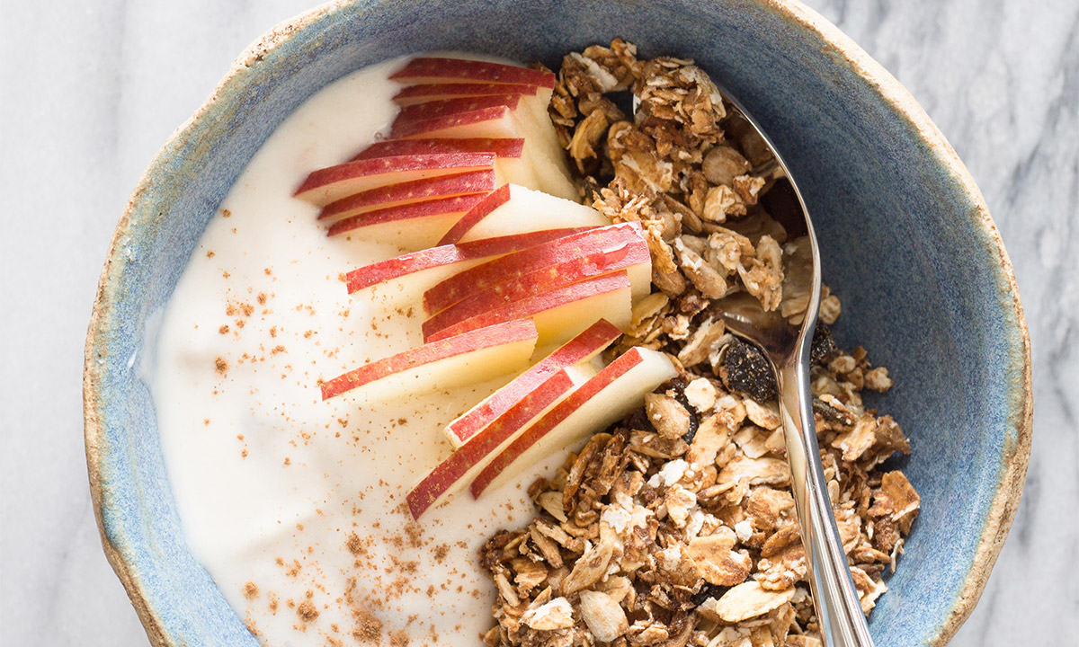 EC:  assets%2Fmessage-editor%2F1479414158085-yogurt-granola-apple