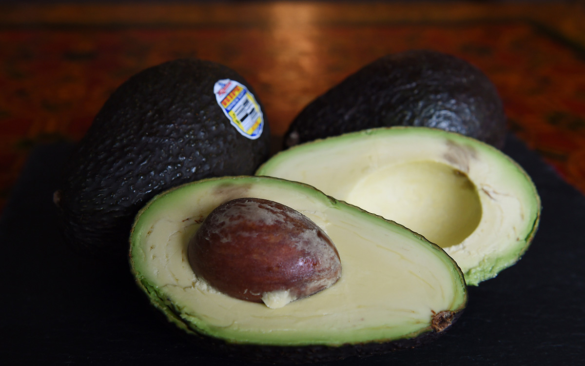 EC:  assets%2Fmessage-editor%2F1479504840001-avocados-inline