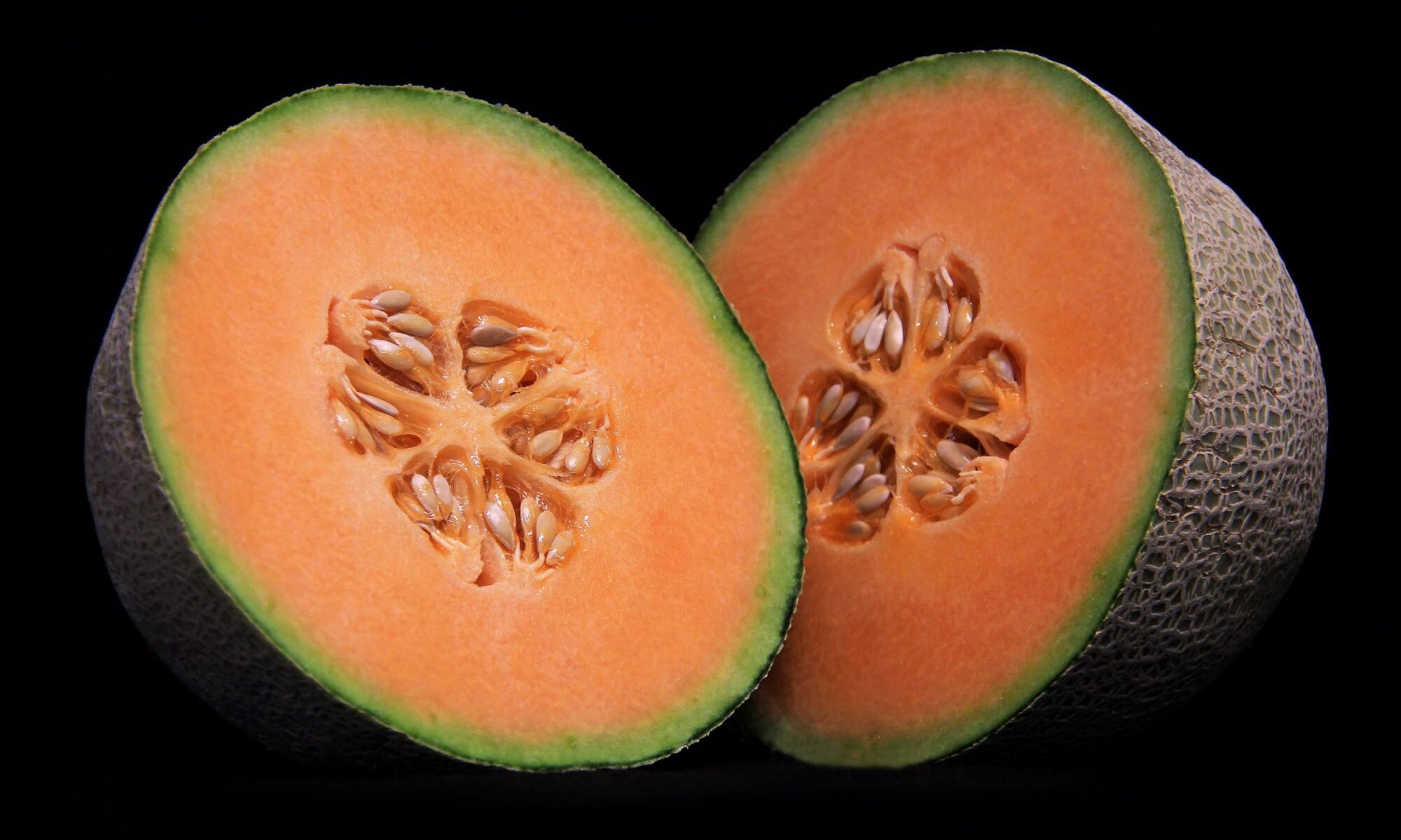 American Cantaloupes Are Not Real Cantaloupes Myrecipes The cantaloupe, rockmelon (australia and new zealand), sweet melon, or spanspek (south africa) is a melon that is a variety of the muskmelon species (cucumis melo) from the family cucurbitaceae. american cantaloupes are not real