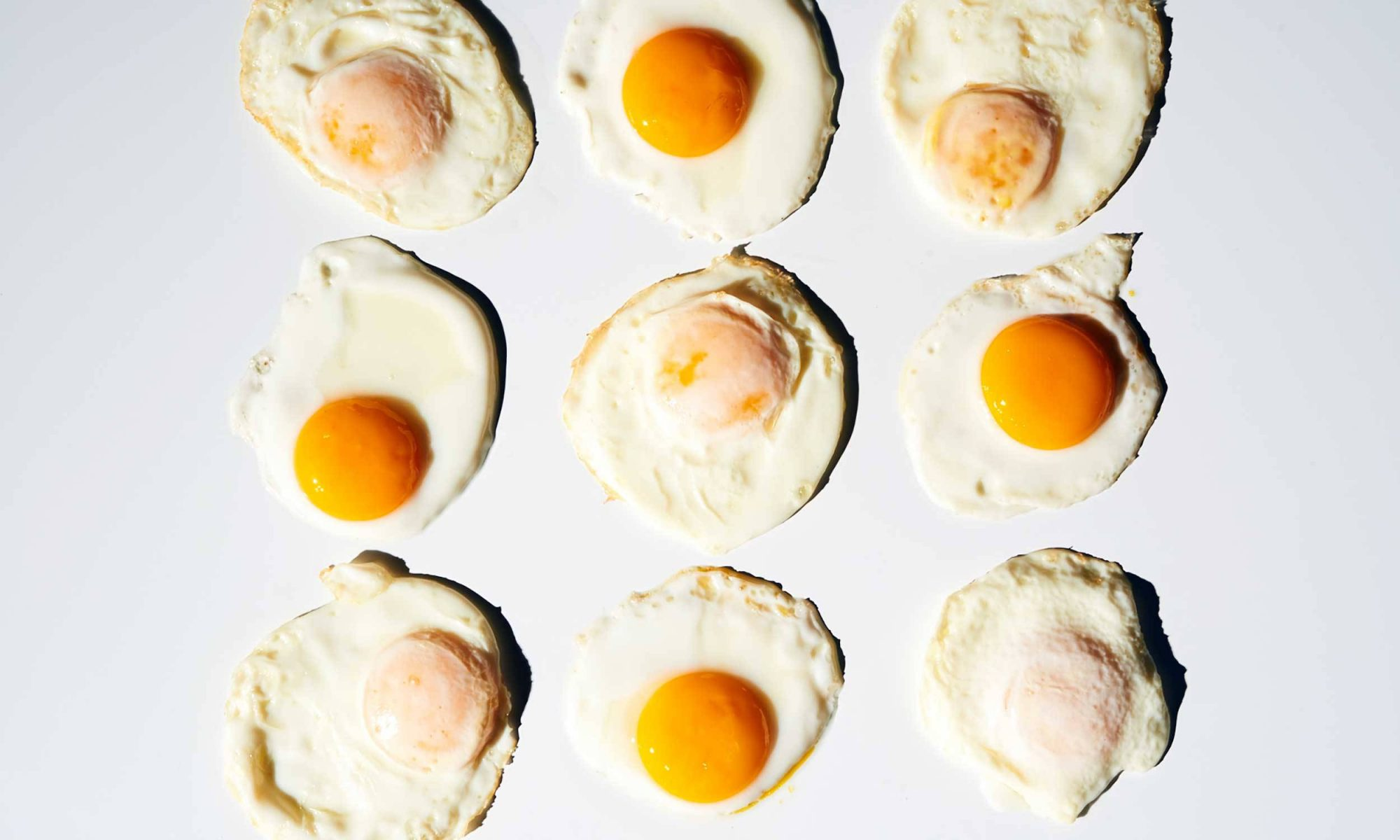 How to Make Sunny-Side Up Eggs for a Crowd