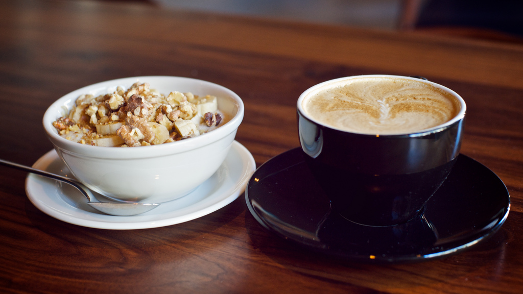 EC: The Starbucks Oatmeal Latte Could Be Your New Superbreakfast