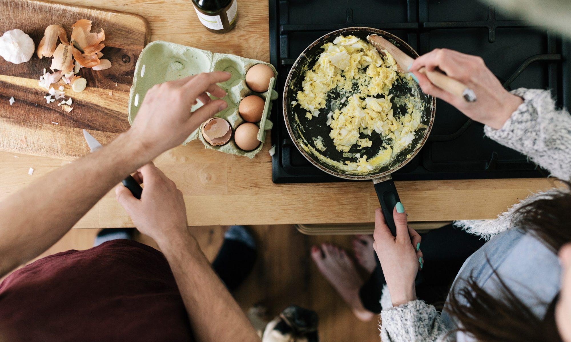 EC: 9 Easy Breakfast Ingredient Swaps for When You're Broke