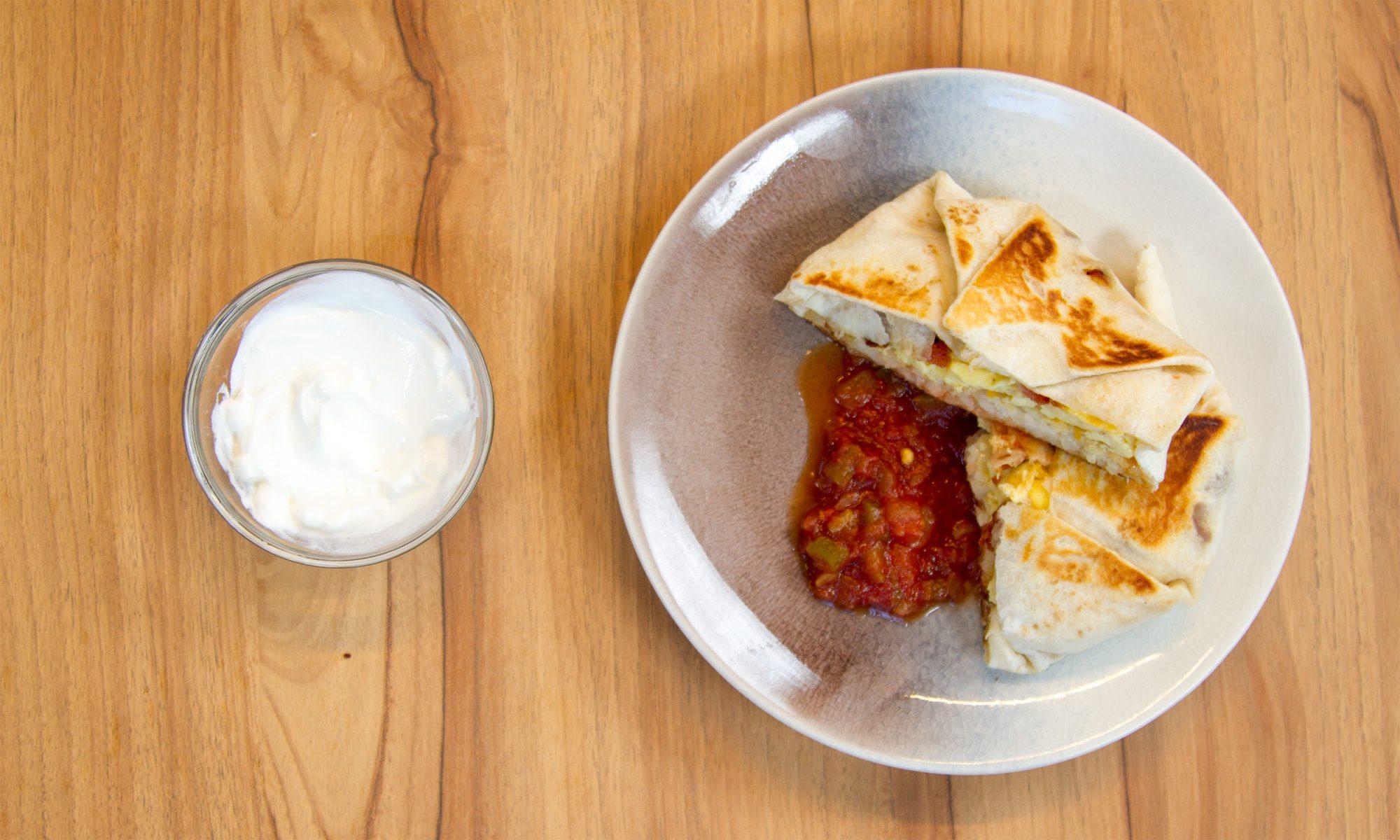 EC: This Copycat Taco Bell Breakfast Crunchwrap Tastes Like a Teenage Dream