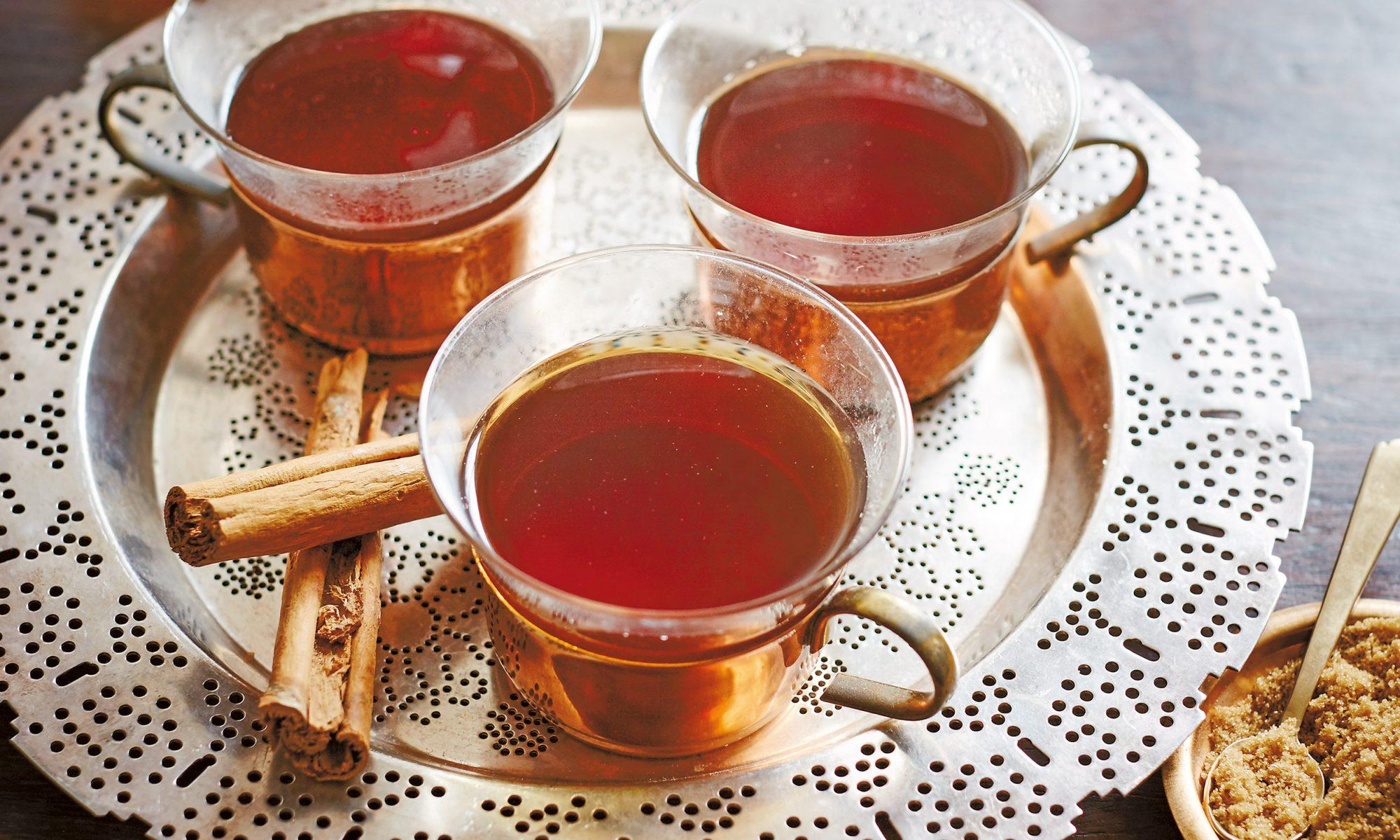 Roasted Dandelion Tea Is the New Coffee