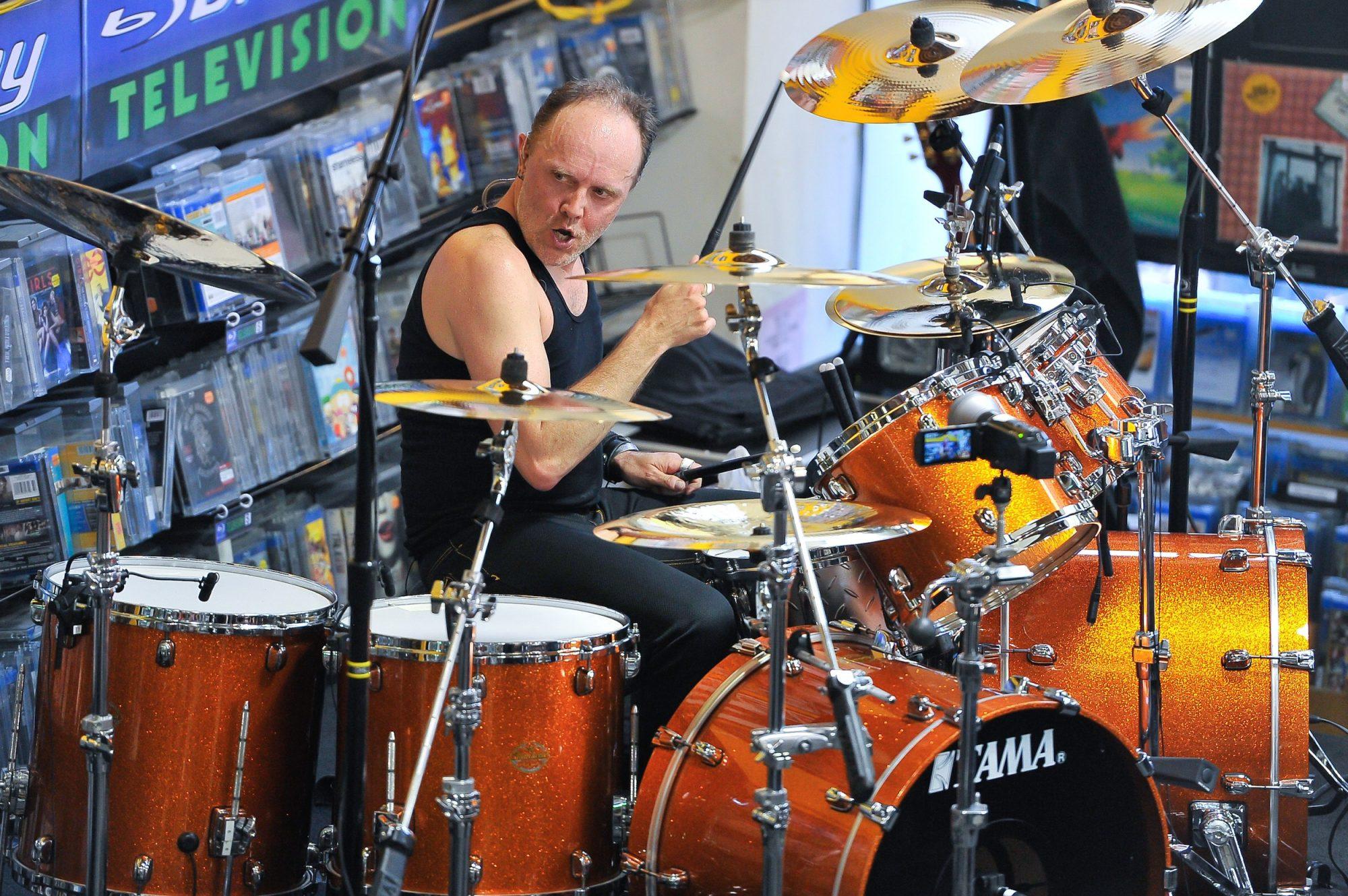 EC: Metallica's Lars Ulrich Eats About 20 Pancakes a Day