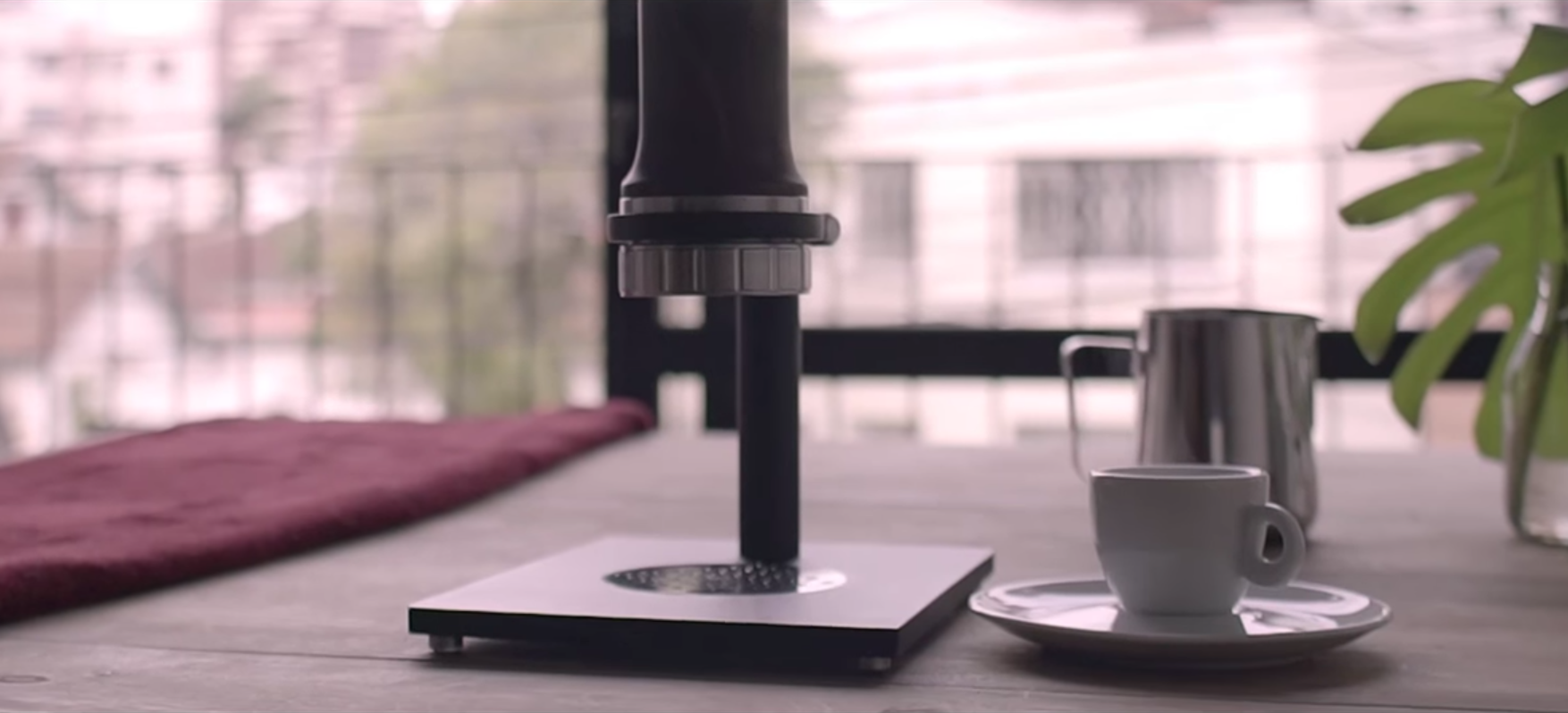 EC: This Portable Espresso Maker Is the Size of a Pepper Mill