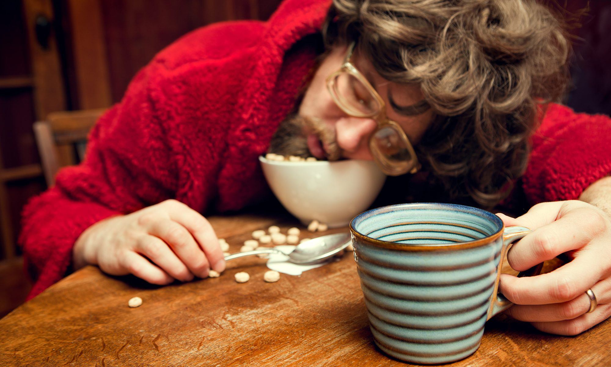 EC: People Who Sleep Less Eat More, Science Says