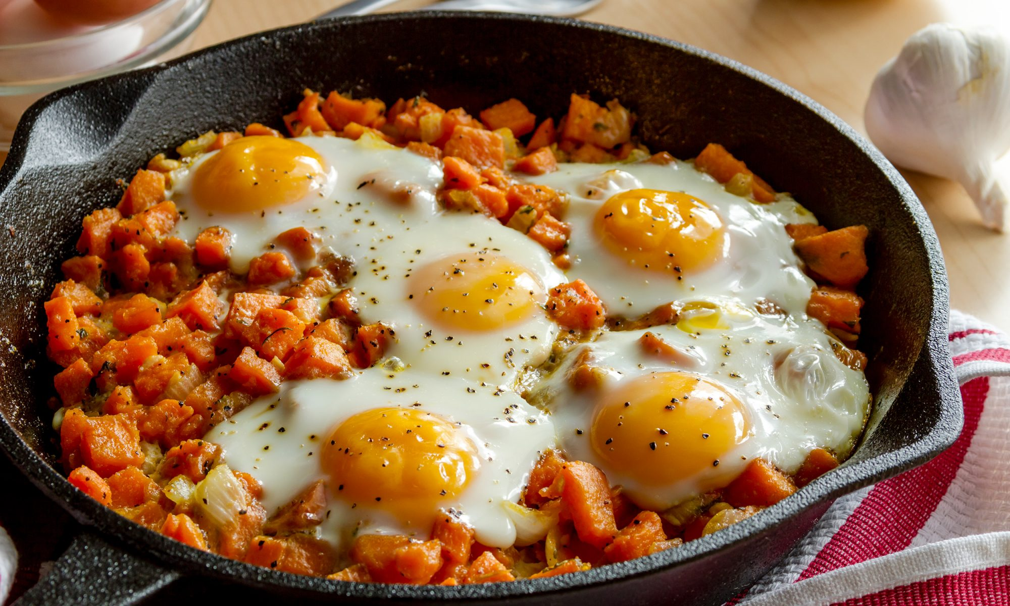 EC: 7 Whole30 Breakfasts to Make in 25 Minutes or Less