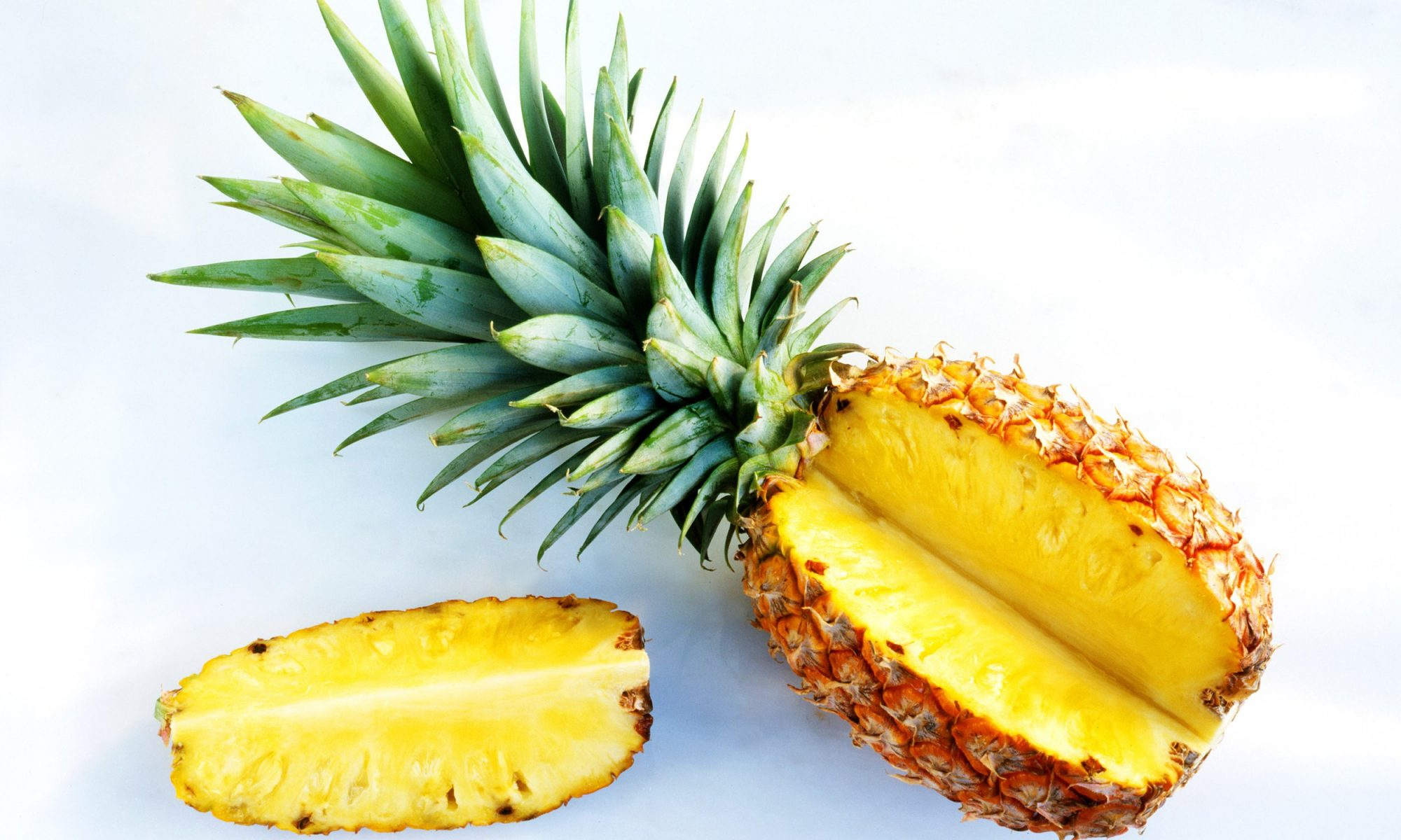 EC: 3 Healthy Excuses to Add More Pineapple to Your Life