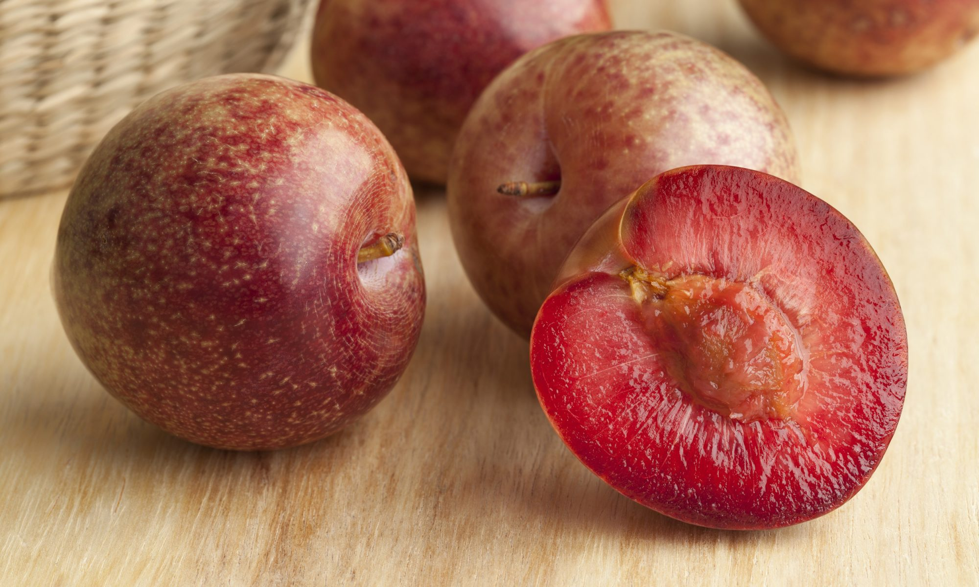 EC: Are These Fruit Hybrids Real or Fake?