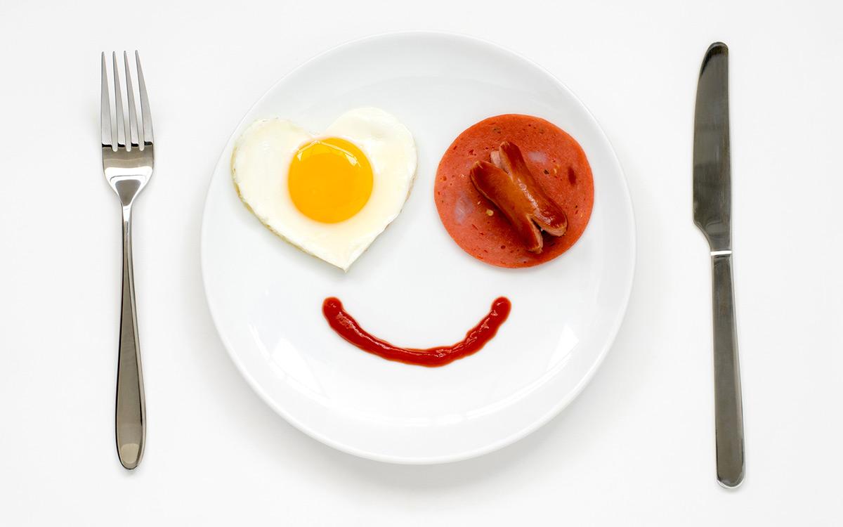 EC:  message-editor%2F1490651554578-happy-bacon-face-inline