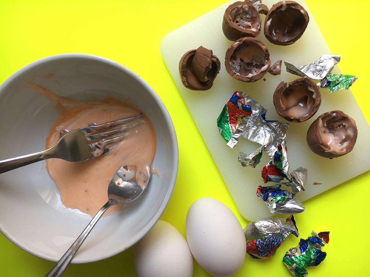 EC:  message-editor%2F1491412289030-cadbury-omelet-making-inline