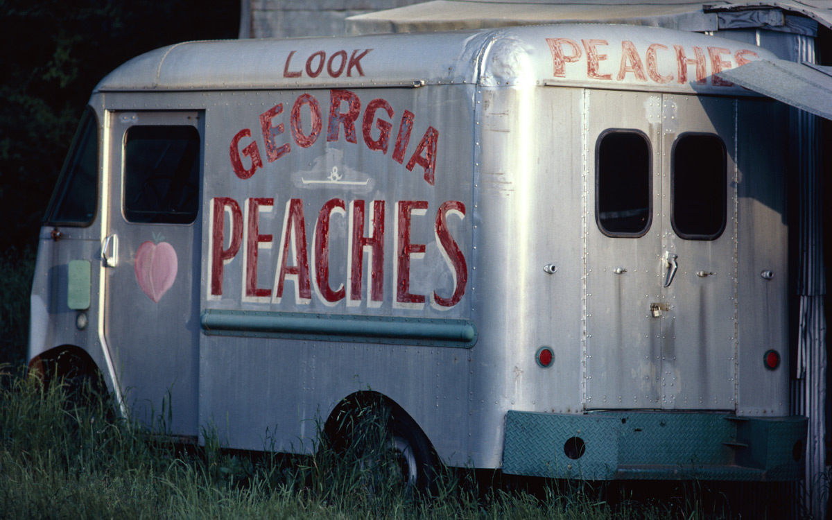 EC:  message-editor%2F1496801205964-peach-truck-inline