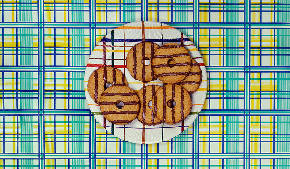 EC:  message-editor%2F1496947449452-cookies-on-a-plate
