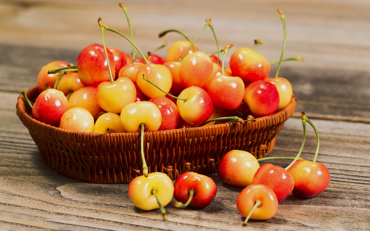 EC:  message-editor%2F1498738948040-rainier-cherries-inline