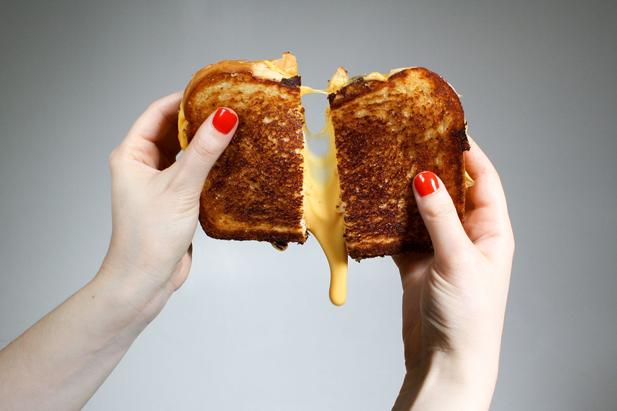 EC:  message-editor%2F1499268514099-american-cheese-pull-inline-builder