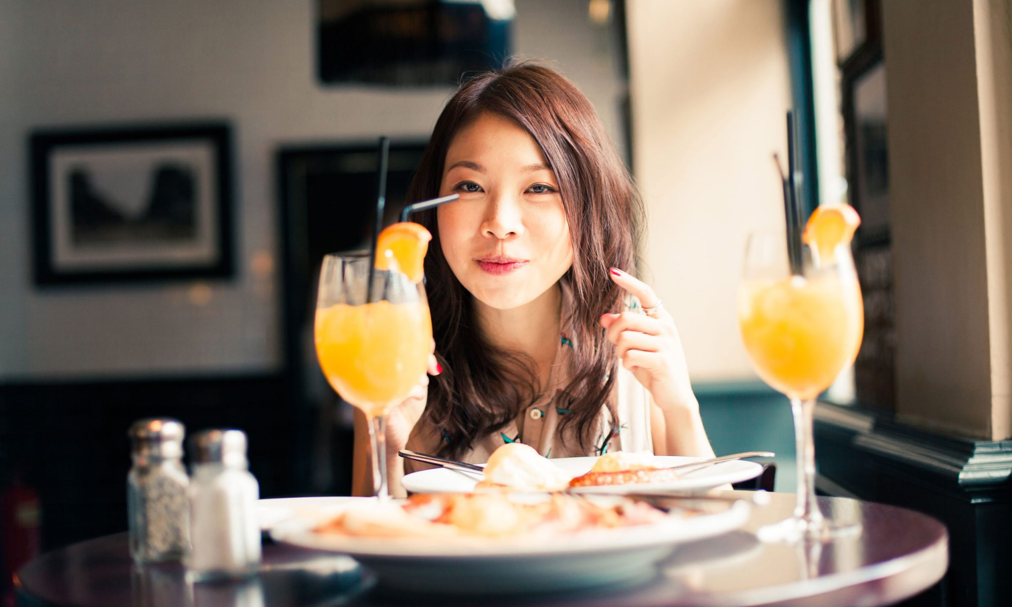 EC:  message-editor%2F1504906785155-bottomless-brunch-mimosas