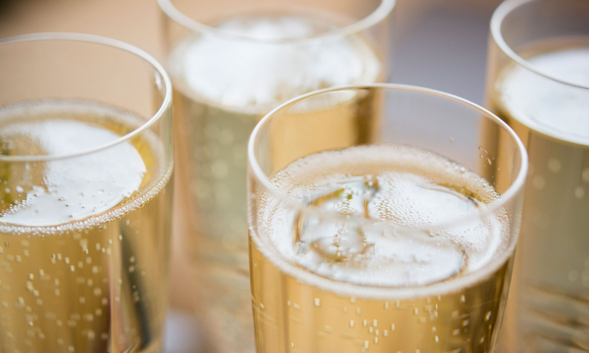 EC: I Tried 12 Cheap Sparkling Wines and Here's the Best One message-editor%2F1512407135695-champagne-inset