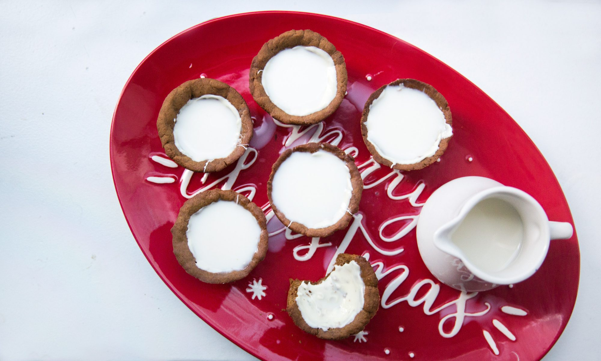 Get Santa (Sugar) High on Milk and Gingerbread Cookie Shots