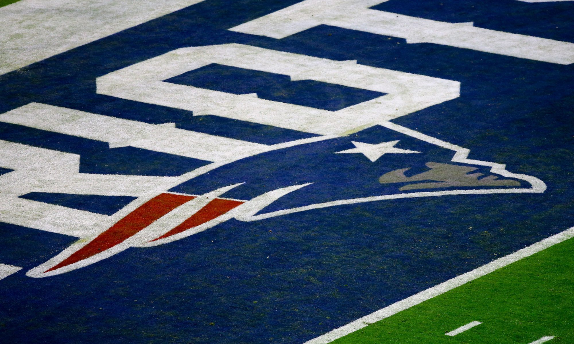 EC: Philadelphia Coffee Shop Charges $5,200 to Customer Wearing Patriots Gear