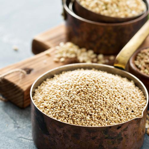 make breakfast with a pot of grains